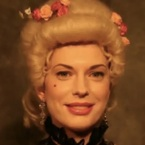 Stop-motion women's hairdo