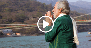 Bruce Lipton Blesses the Water