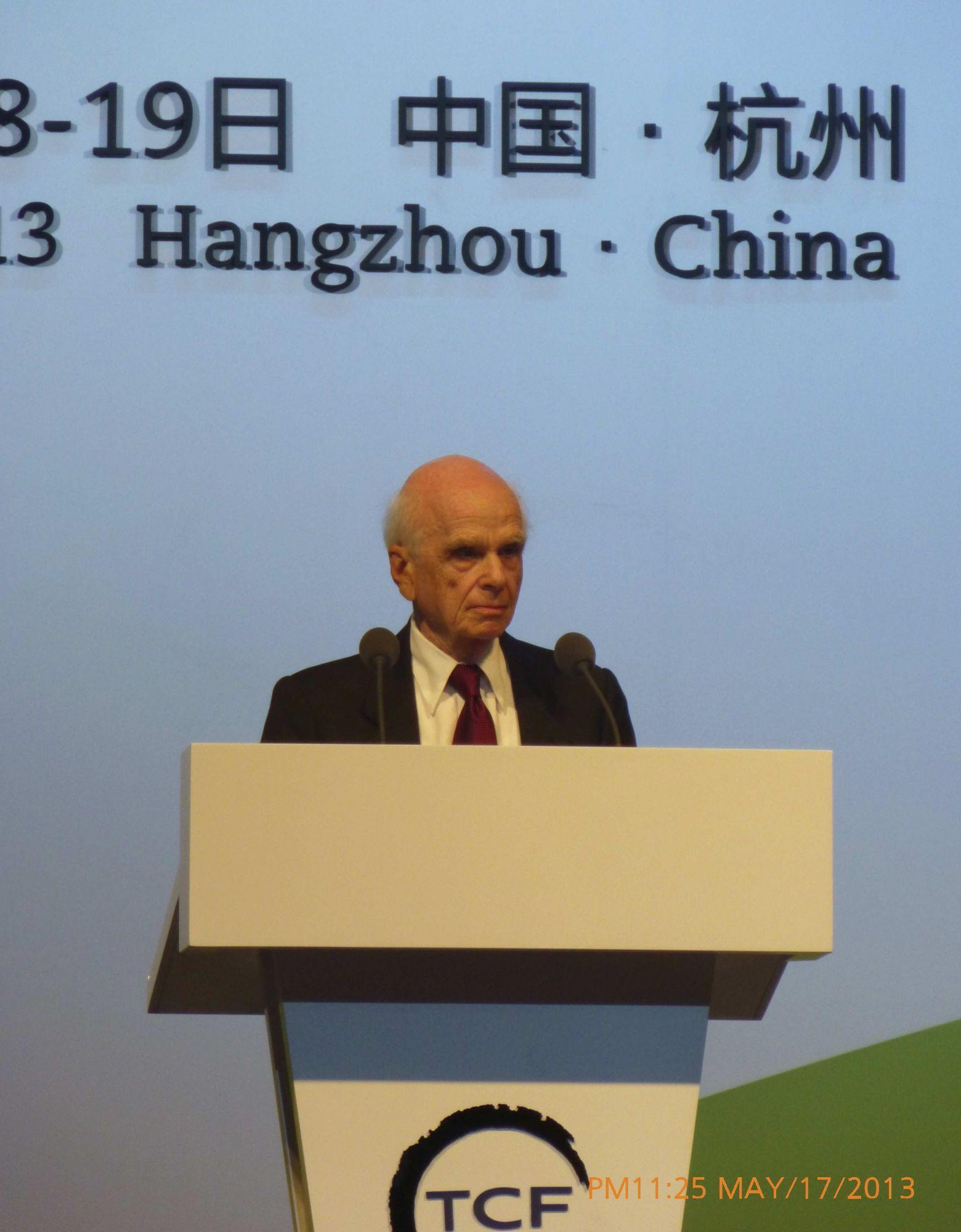 Ervin Laszlo in China 2013