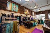 Athleta Opens on Third Street Promenade
